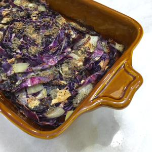 red cabbage with blue cheese