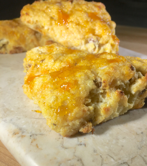 cornmeal scones with red cheddar and apricot